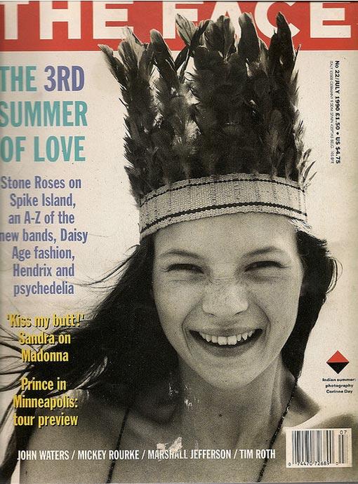 سال 1990 اولین عکس کیت ماس بر بروی جلد مجله The Face در سن 16 سالگی که توسط کورین دِی گرفته شده است.