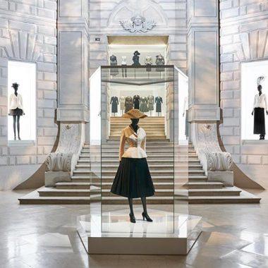 کریستین دیور: طراح رویاها ؛ نگاهی به نمایشگاه ۷۰ سالگی برند دیور